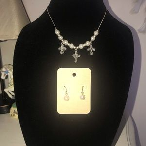Silver tone chain withcross charms/ earrings set